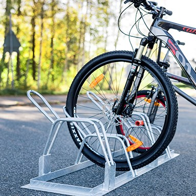 Bike rack for placing on the ground
